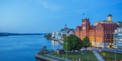 elite-marina-tower-fasad-kväll