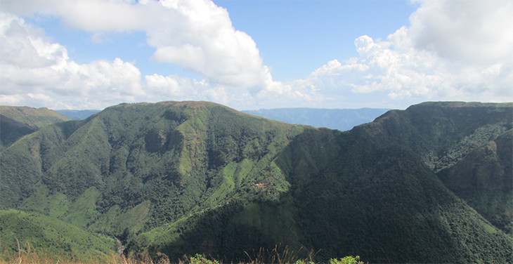 Khasi Hills gröna molnskog där Blick klimatkompenserar